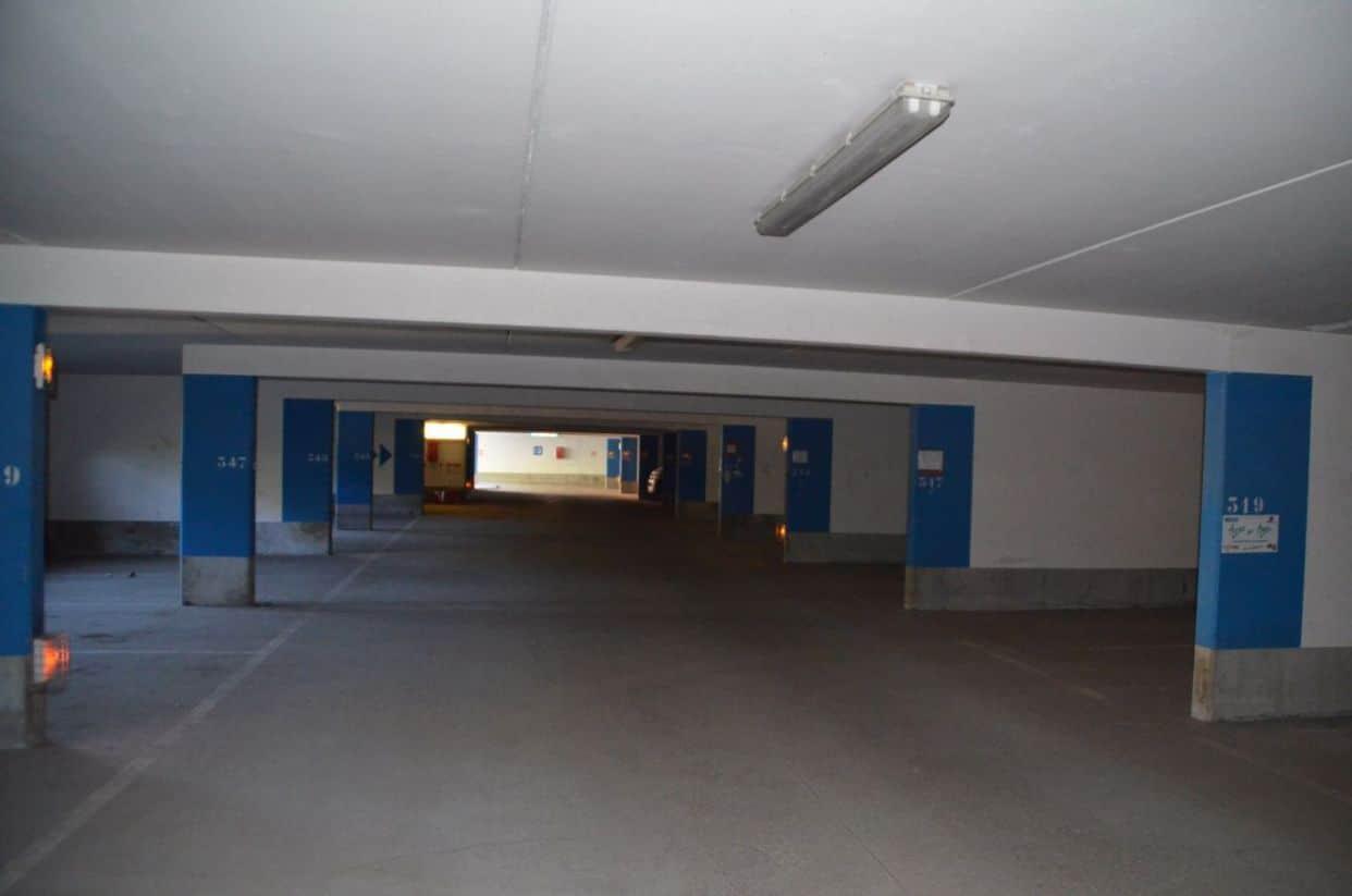 imageslocation-de-parking-50.jpg