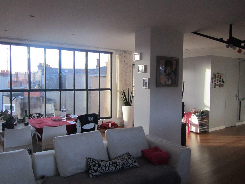 mes raisons de choisir location appartement nantes. Black Bedroom Furniture Sets. Home Design Ideas
